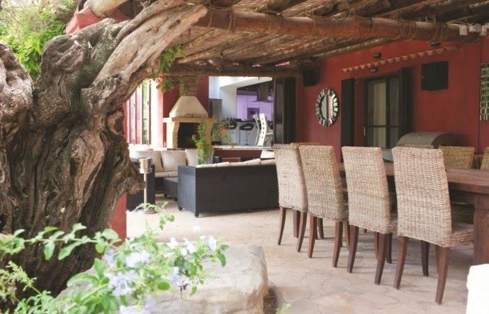 Estilo rustico villa rustica en ibiza for Villas rusticas