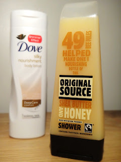 Supermarket must have skincare, Dove Silky Nourishment with a shimmering glow, Original Sauce Shower Gel