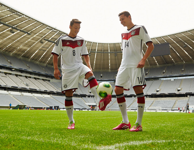 Germany+2014+World+Cup+Home+Kit.jpg