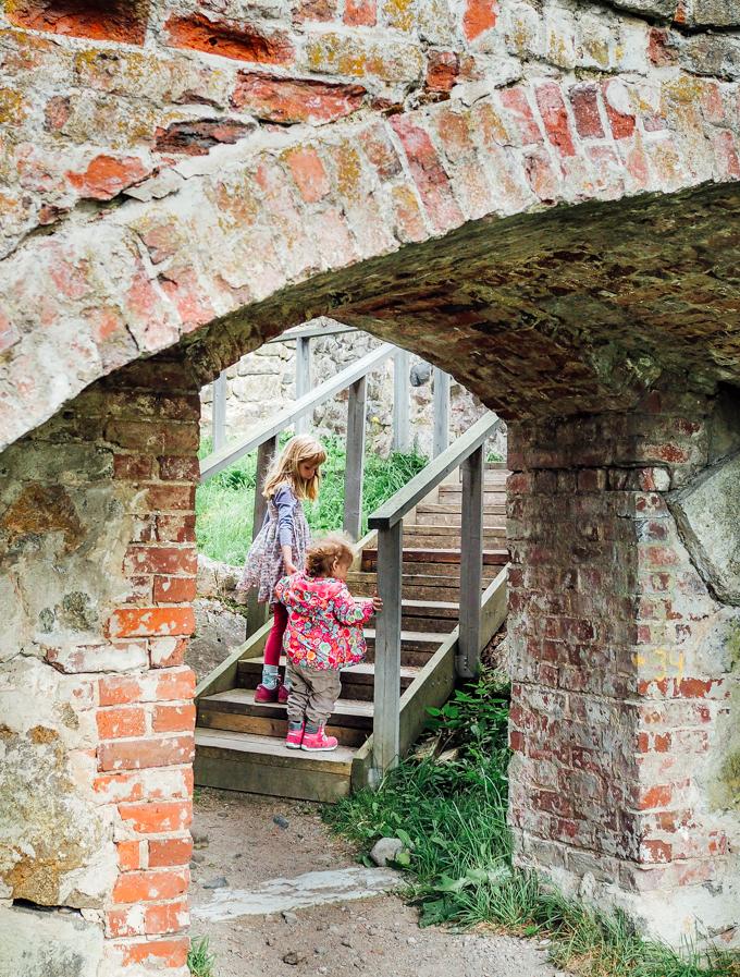 kuusiston linnanrauniot kaarina lasten kanssa