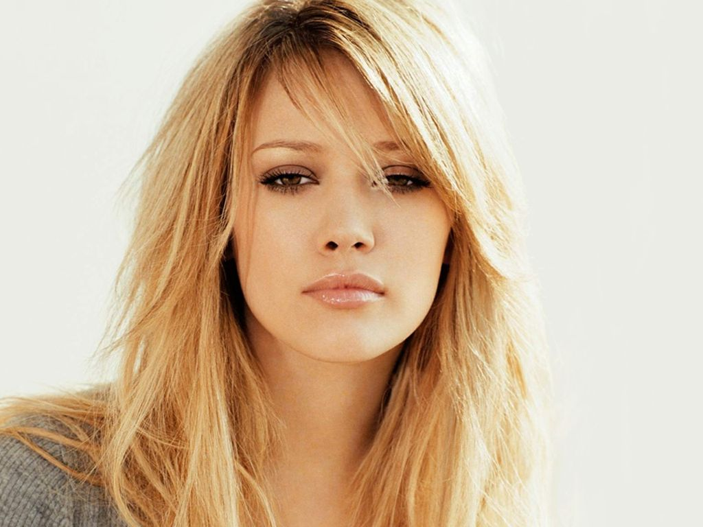 Hilary Duff, Dignity, Looking better than ever..