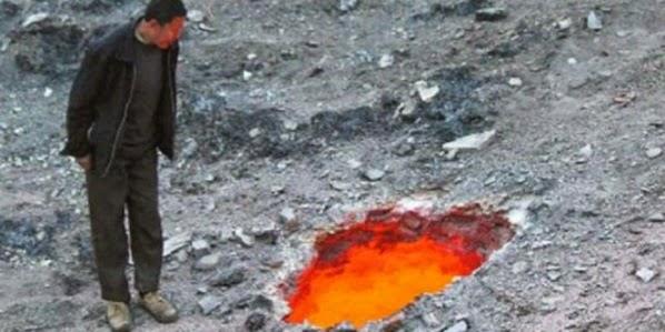 lubang neraka di china