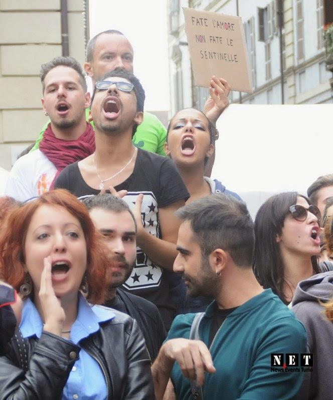 Провокации итальянских геев в Турине