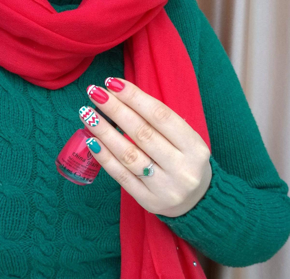 Красно зеленый маникюр фото