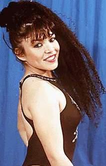 Teresa Espinoza con cabello corto