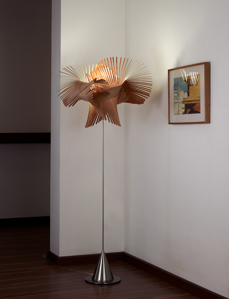 Interiores minimalistas lzf lamps galardonada con el for Interiores minimalistas