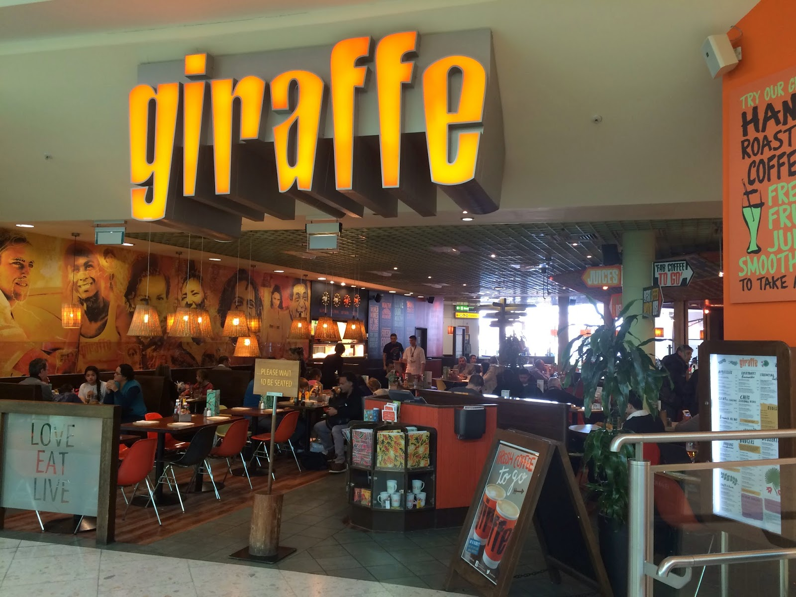 Pig out spots giraffe hounslow uk for Food bar giraffe
