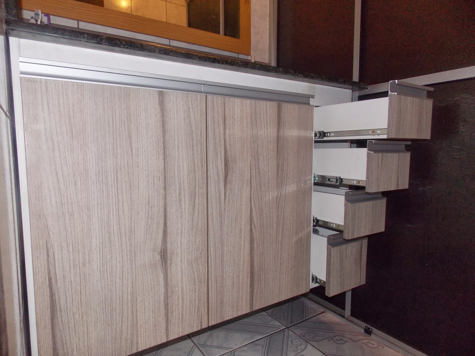 de Móveis Sob Medida MF Marcenaria: Armários de banheiro #9D642E 1600x1200 Armario Banheiro Sob Medida