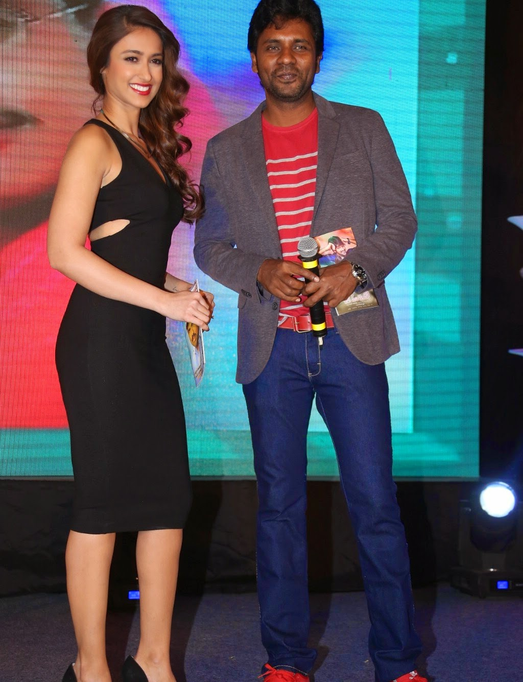 Ileana Looks Sizzling in Tight Black Dress @ Lakshmi Raave Maa Intiki audio Launch