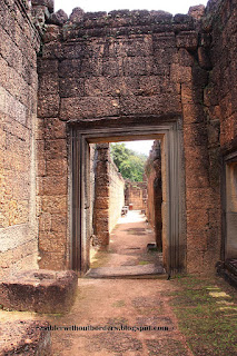 Banteay Srei, Sieam Reap, doorway