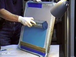 how to coat a screen for screen printing