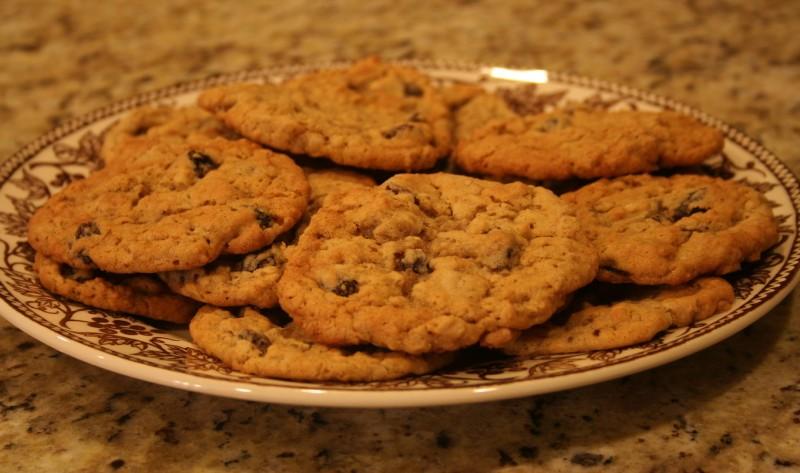 ПЕЧЕНЬЕ на любой вкус - Страница 3 Oatmeal-raisin-cookie-picture