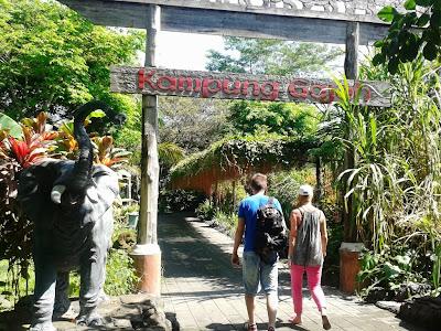 Gerbang Kampung Gajah