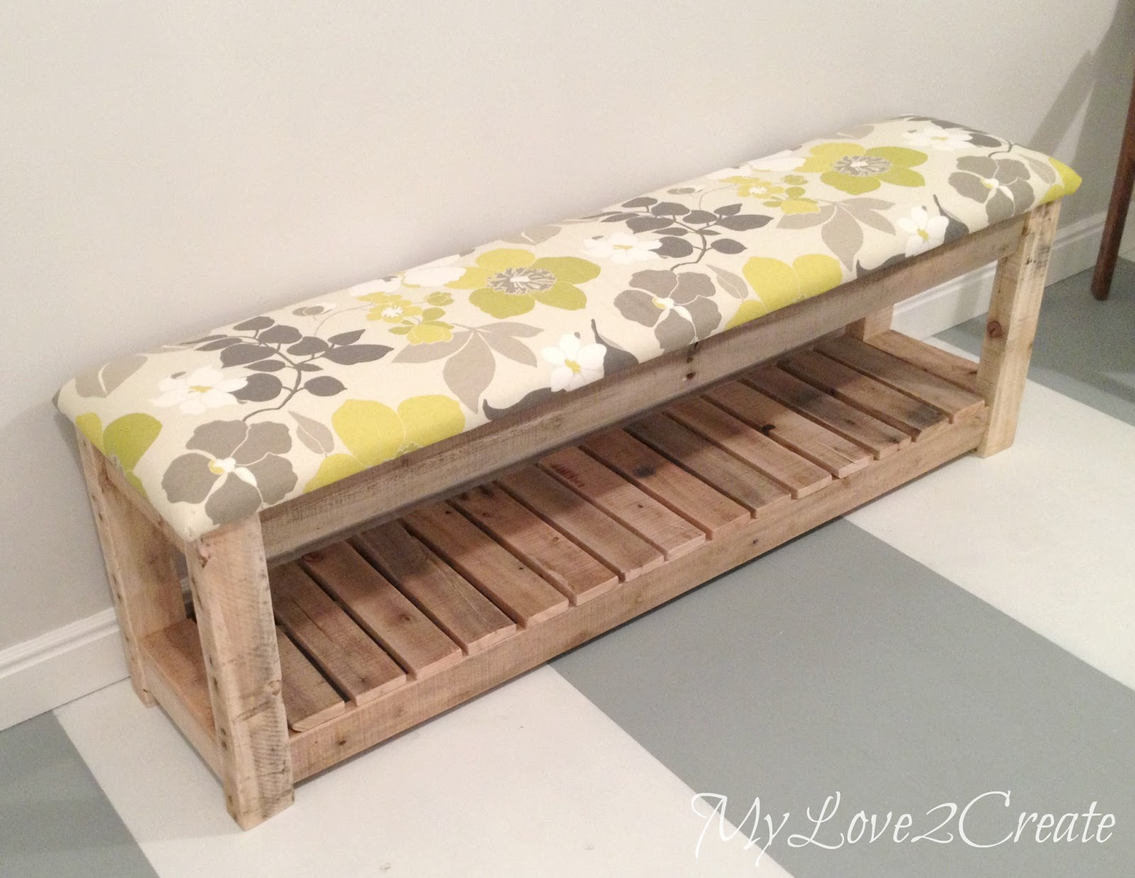 diy upholstered bench my love 2 create. Black Bedroom Furniture Sets. Home Design Ideas