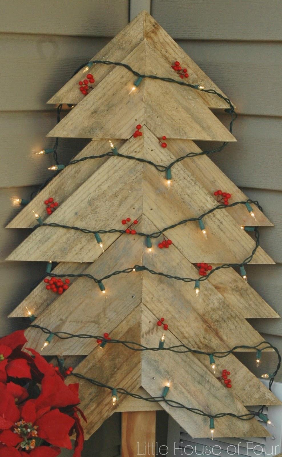 Rustic pallet tree