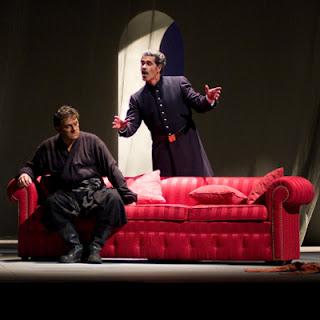 Aleksanders Antonenko (Otello) en Lucio Gallo (Jago)