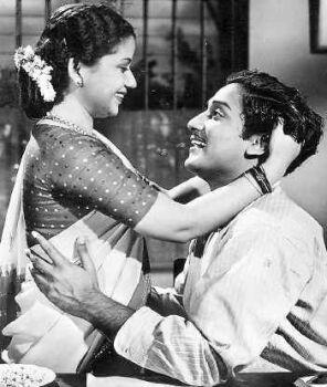 Shivaji Ganesan & Pandari Bhai in 'Antha Naal' Movie