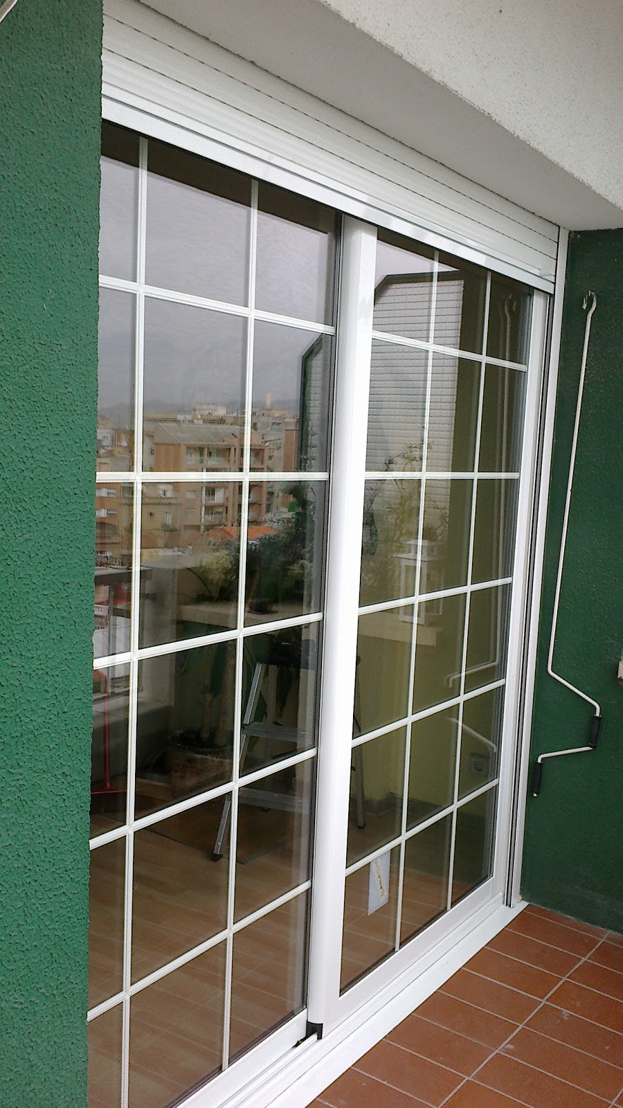 V i c a r for Mosquiteras puertas abatibles terraza