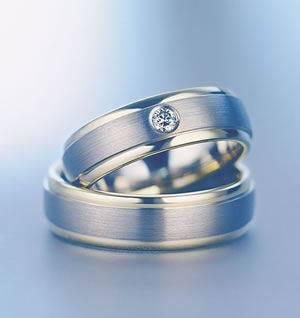 Pernikahan adalah sebuah peristiwa yang mengikat dua hati dalam satu ...
