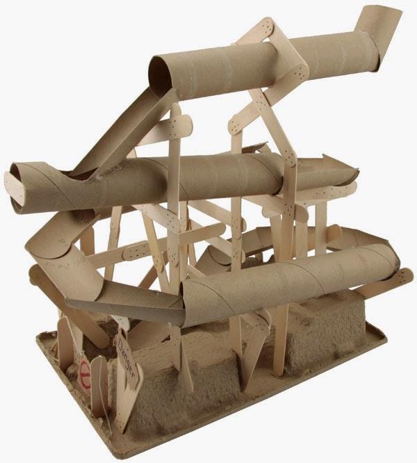Cómo hacer un tobogan con tubos de cartón reciclados ~ lodijoella
