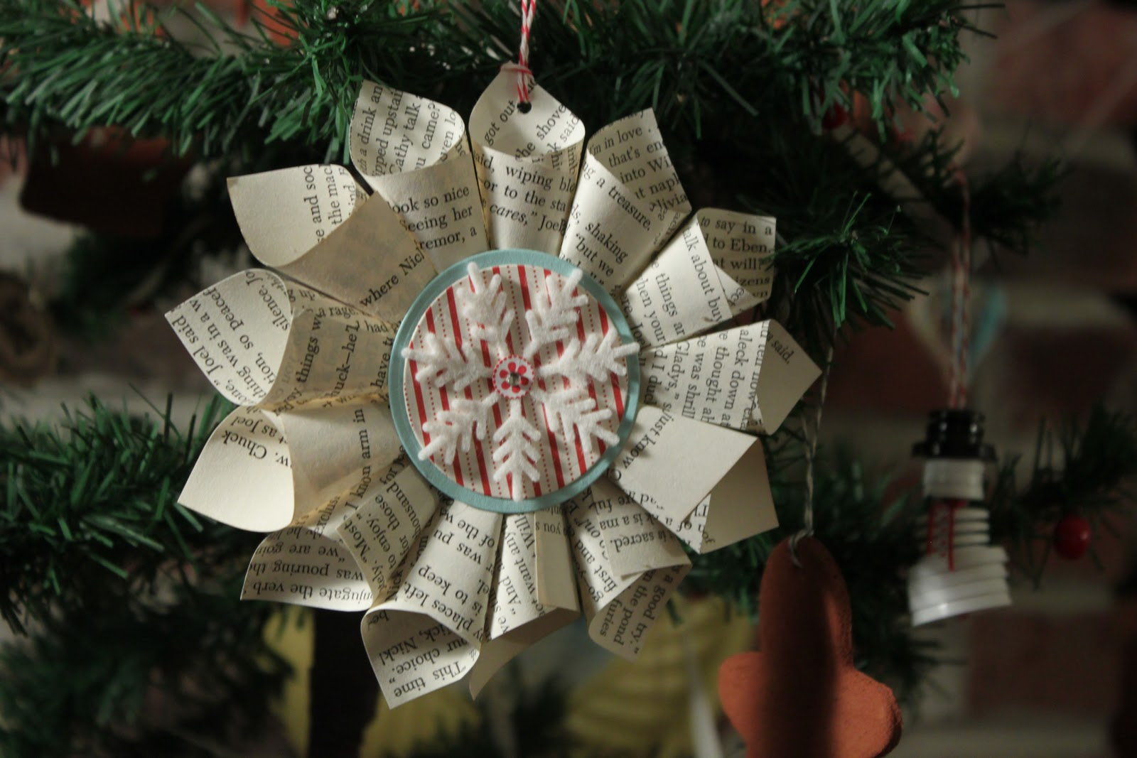 12 days of christmas ornaments day 9 old fashioned rolled paper star