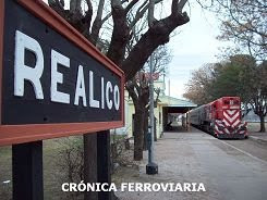 UN TREN REGIONAL QUE UNE LINCOLN CON REALIC