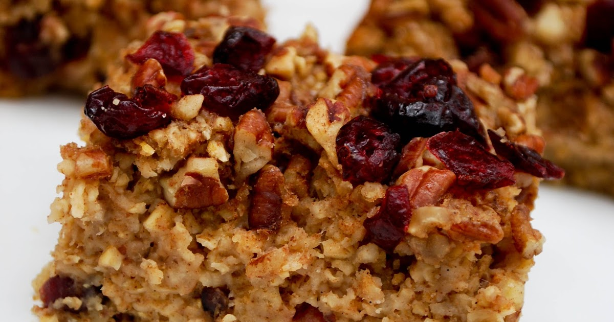 GillyCakes: Vegan Apple Pecan Oatmeal Bake