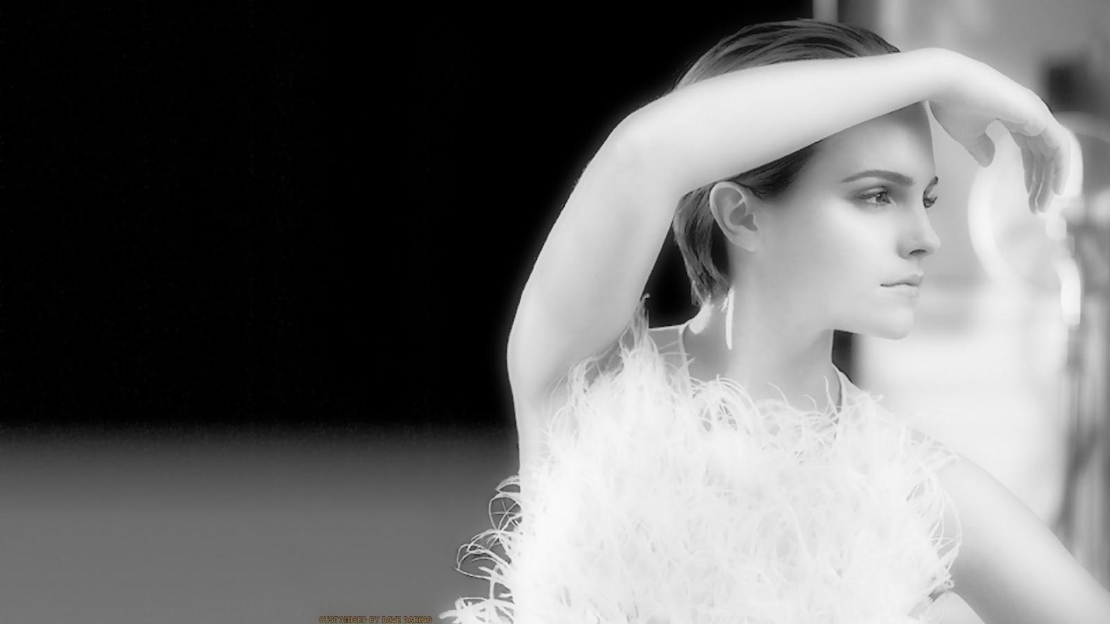 Emma Watson Black n White Image HD