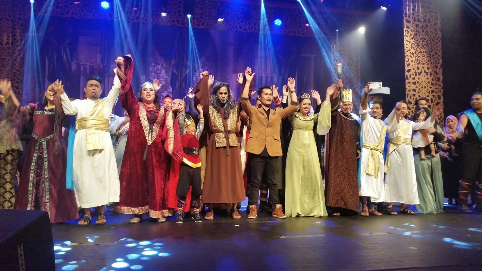 Barisan Pelakon Teater Raja Ku Puteh