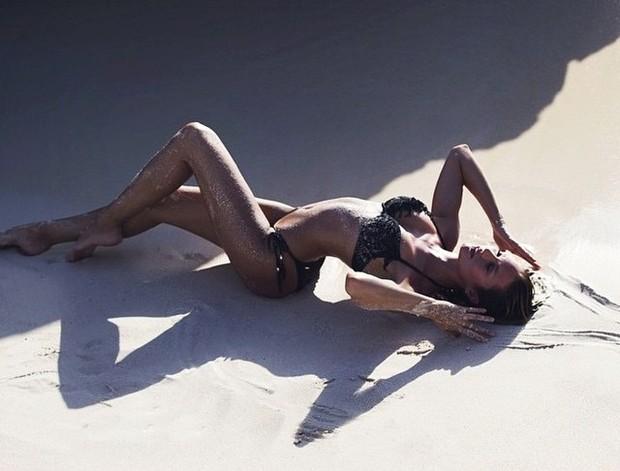 Candice Swanepoel em atração fatal!