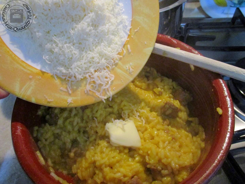 risotto salsiccia e zafferano