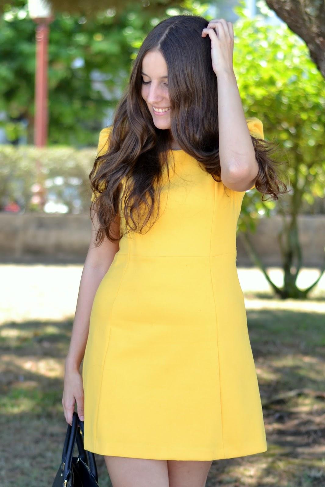 vestido amarillo zara ss15