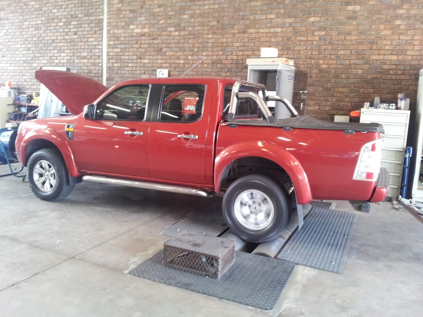 ford ranger 3 0 tdci performance chip tuning ecu remapping 20kw 110nm. Black Bedroom Furniture Sets. Home Design Ideas
