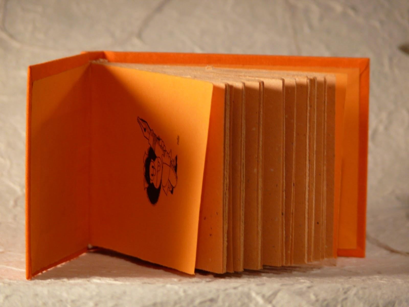 Taccuino arancione con Mafalda Quad+2011+-+8_B