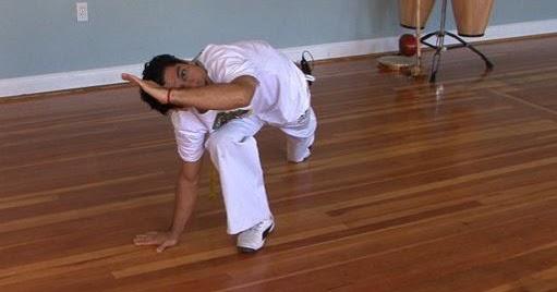 Capoeira Ébano: Las defensas básicas.