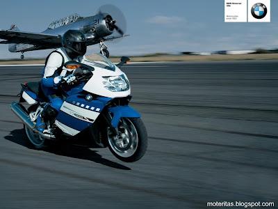motos-mujeres-deportiva-bmw-wallpaper-bajar-bajaj