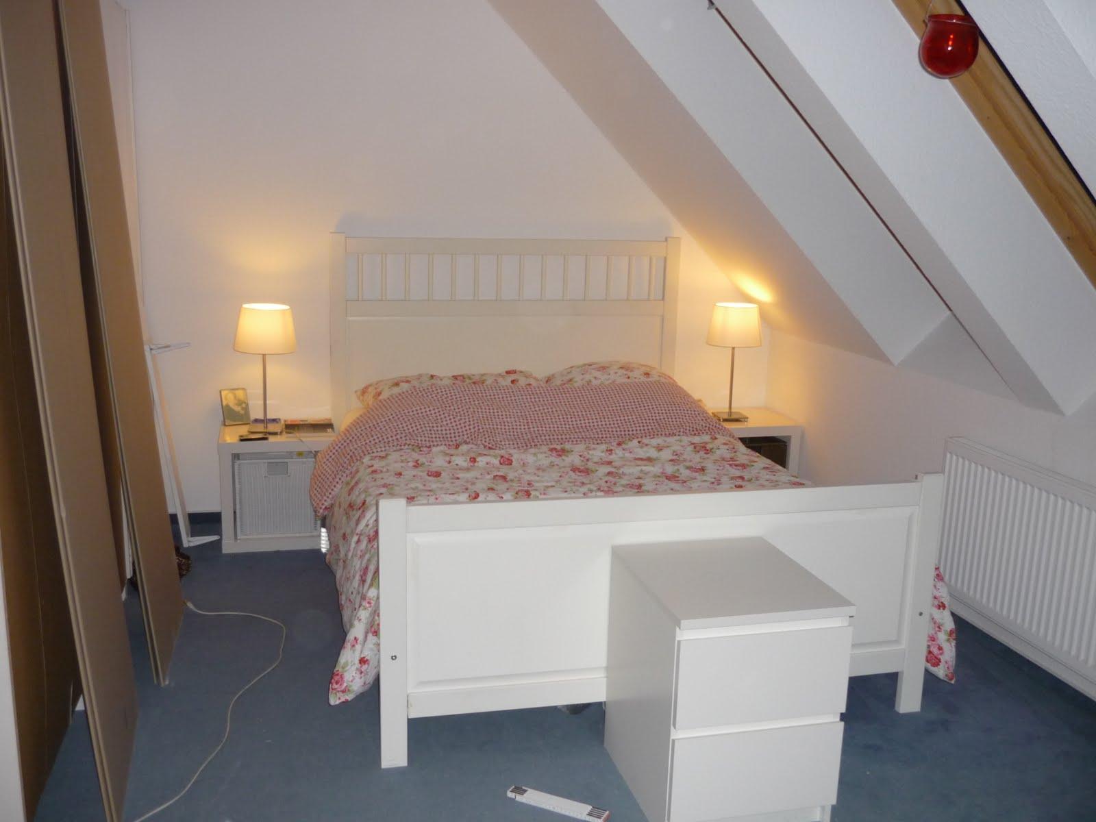 schlafzimmer wohnwand mit bett. Black Bedroom Furniture Sets. Home Design Ideas