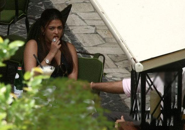 Horny Aishwarya Rai Trying To Control Her Asm In Public