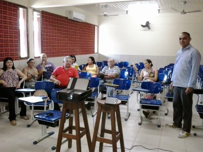 Formação tablet e lousa digital na escola José Valente Ribeiro