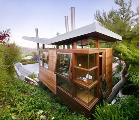 Amazing photos of world amazingphotos of tree house - Amazing exterior house designs ...