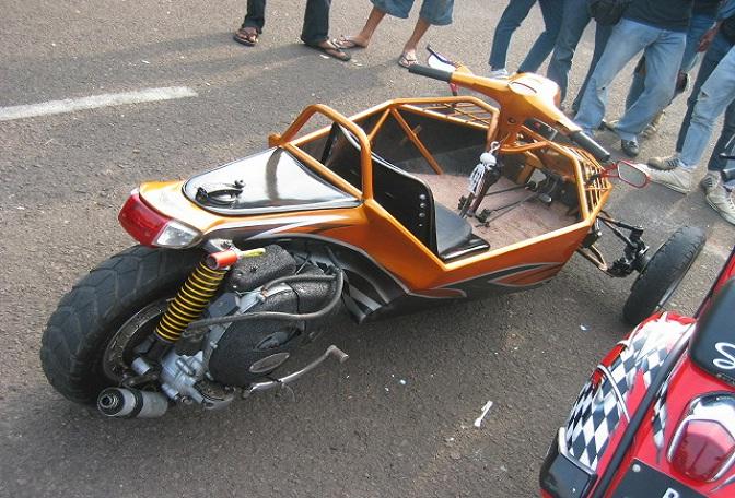 Modifikasi Motor Vespa