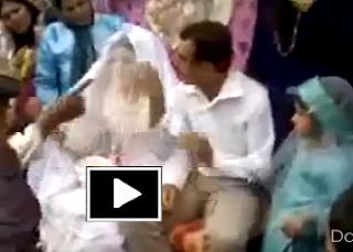 Husband slap to wife on wedding day girlz wallpapers for Roohi bano husband name