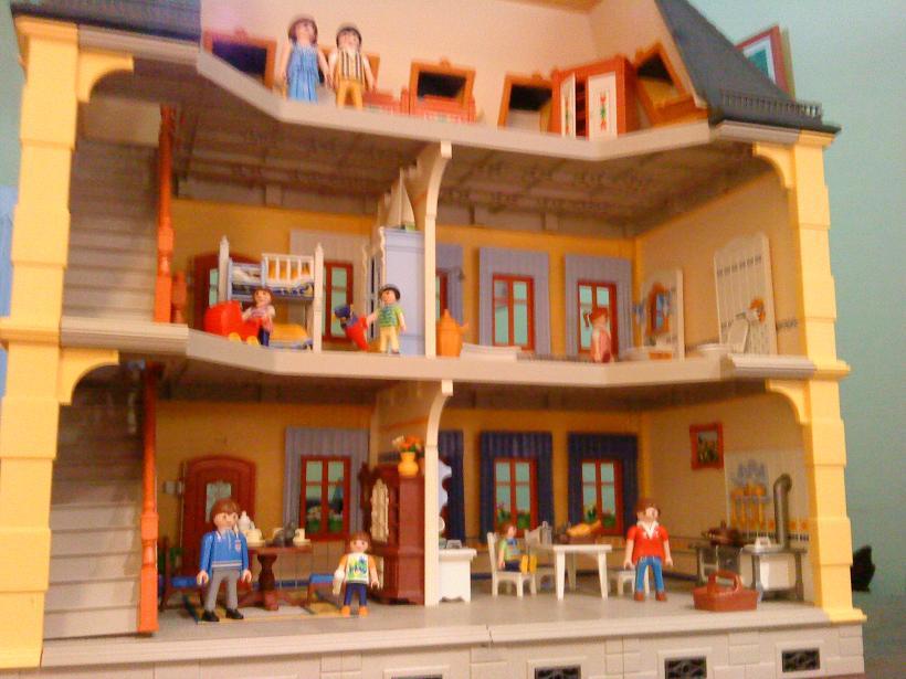 Colecci n de playmobil l nea casa de mu ecas for Casa maletin playmobil