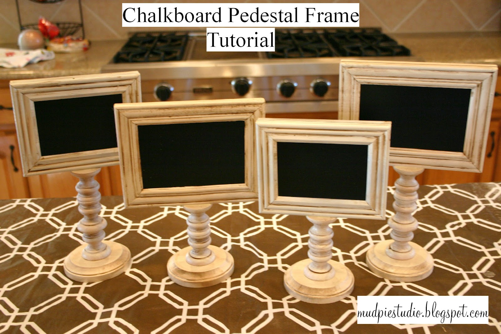 michellelisatreasure mariacantelmi christmas images pedestal frames ornate by picture pinterest frame ideas best and on