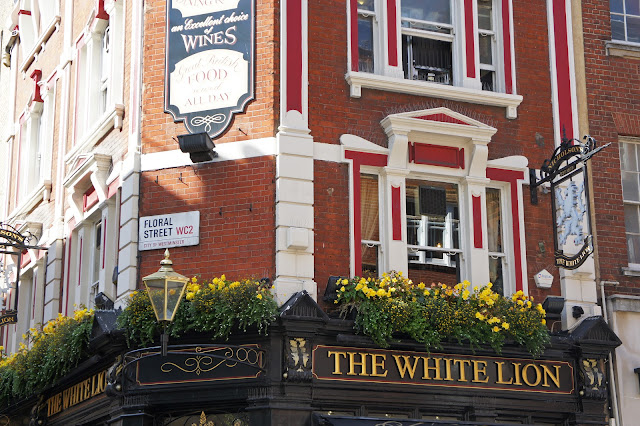 the white lion pub london