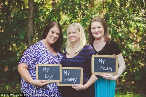 Chuyện mang bầu kỳ lạ của 3 người mẹ và 1 đứa con
