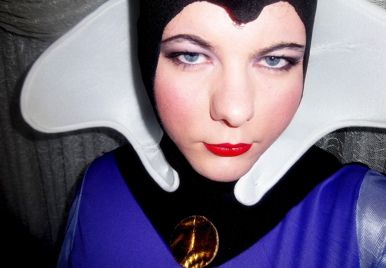 Tutorial evil queen from disney snow white and the seven dwarfs tutorial evil queen from disney snow white and the seven dwarfs makeup baditri Choice Image