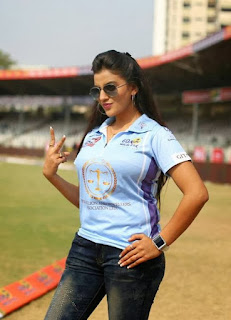 Actress Shubhi Sharma Latest Cute  Exclusive Spicy Pictures Gallery at CCL Season 4 inauguration Gallery (1).jpg