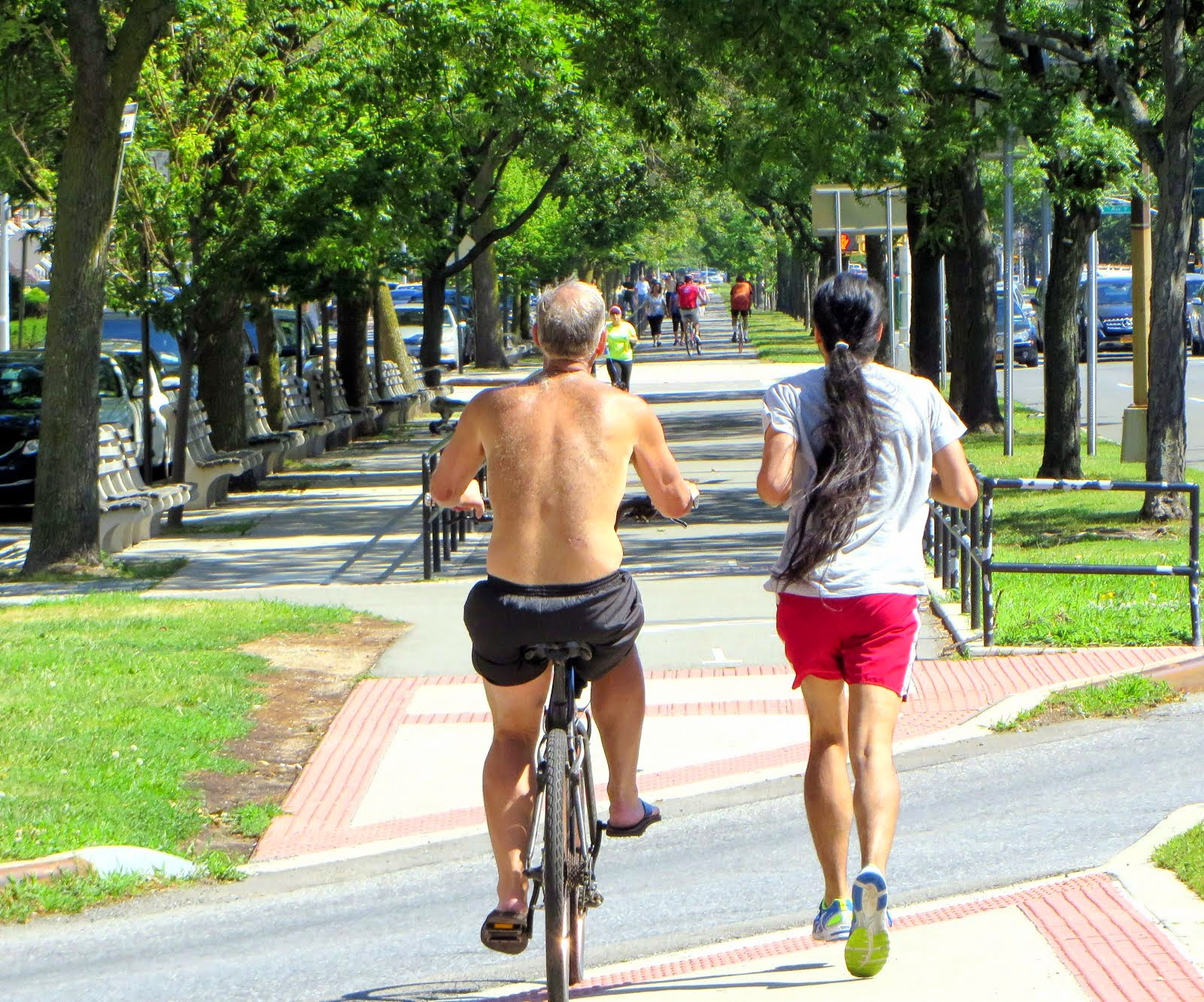 Rider and Runner on Ocean Pkwy