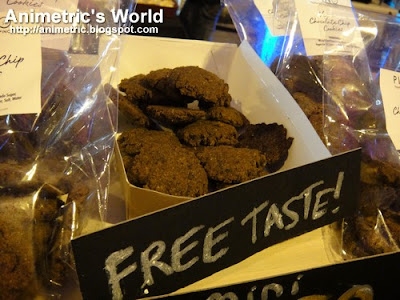 Vegan Chocolate Chip Cookies at Yummy Eats